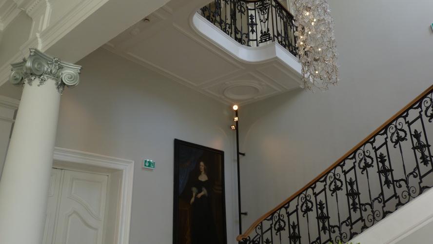 Sn borrewater staff pl tre d coratif pl trerie lille for Appartement decoration platre